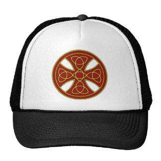 Cruz céltica redonda en rojo y oro gorros bordados
