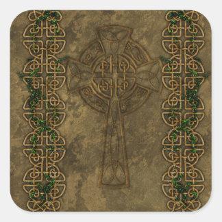 Cruz céltica y nudos célticos pegatina cuadrada
