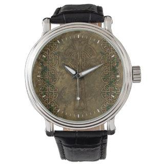 Cruz céltica y nudos célticos relojes de mano