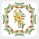 Cruz con las flores amarillas pegatina cuadradas personalizada