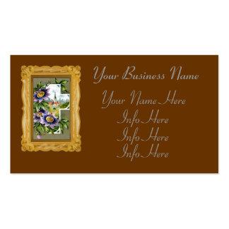 Cruz con las flores púrpuras tarjetas de visita