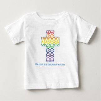 Cruz de la paz del arco iris t shirt