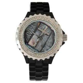 Cruz de la protección reloj de mano