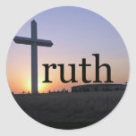 Cruz de la puesta del sol de la verdad pegatina redonda