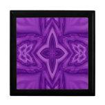 Cruz de madera abstracta púrpura cajas de recuerdo