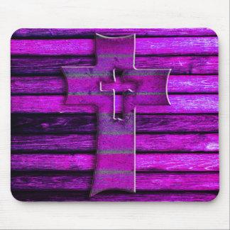 Cruz de madera púrpura alfombrilla de ratón