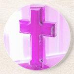 Cruz de madera, versión púrpura, iglesia de la fot posavasos para bebidas