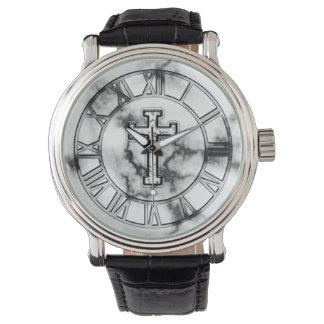 Cruz de mármol reloj de mano
