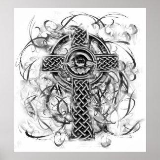 """""""Cruz de plata"""" Sarah Doherty 2008 de Claddagh Poster"""