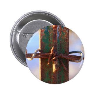 Cruz del alambre de púas y del moho pins