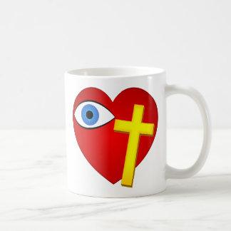 cruz del corazón del ojo taza