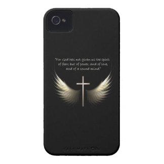 Cruz del Espíritu Santo y del cristiano con verso Case-Mate iPhone 4 Protector