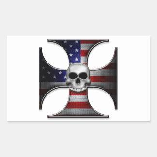 Cruz del hierro de la bandera americana con el pegatina rectangular