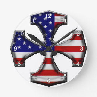 Cruz del hierro de la bandera americana relojes