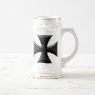 Cruz del hierro de la fibra de carbono - negro jarra de cerveza