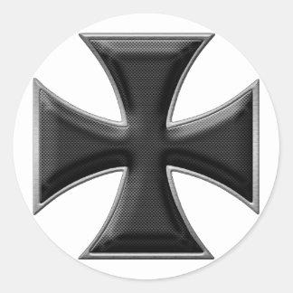 Cruz del hierro de la fibra de carbono - negro pegatina redonda