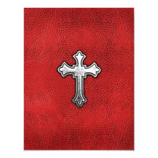 """Cruz del metal en el cuero rojo invitación 4.25"""" x 5.5"""""""