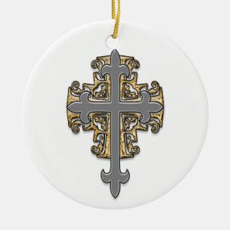 Cruz del oro y de la plata adorno navideño redondo de cerámica