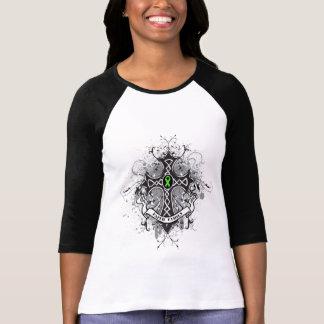 Cruz del rezo de la familia de la fe - linfoma camisetas