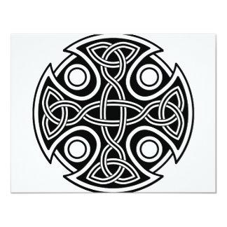 """Cruz del St. Brynach blanco y negro Invitación 4.25"""" X 5.5"""""""
