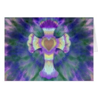 Cruz del teñido anudado con el centro del corazón tarjeta pequeña