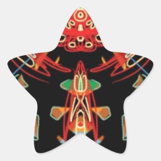 Cruz del vitral en negro, rojo y oro pegatina en forma de estrella