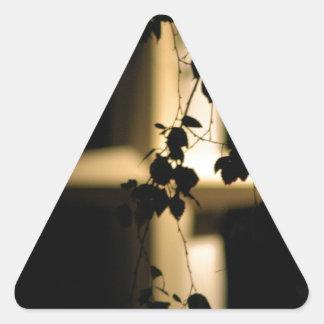 Cruz e hiedra pegatina triangular