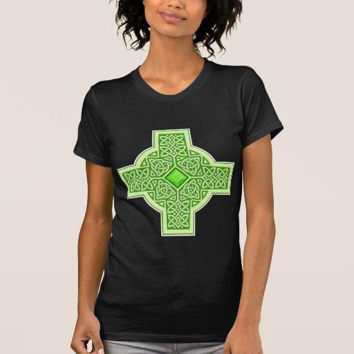 Cruz esmeralda céltica camisetas