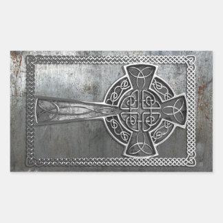 Cruz gastada del metal rectangular pegatina