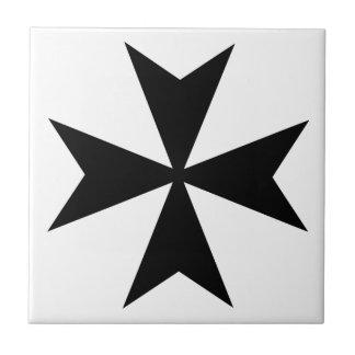 Cruz maltesa azulejo cuadrado pequeño