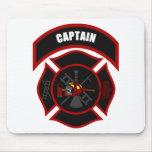 Cruz maltesa - capitán (casco rojo) alfombrillas de raton