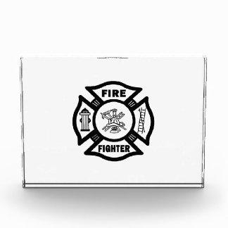 Cruz maltesa del bombero