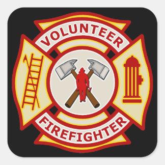 Cruz maltesa del bombero voluntario pegatina cuadrada