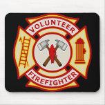 Cruz maltesa del bombero voluntario alfombrilla de raton