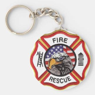 Cruz maltesa del rescate del fuego llavero redondo tipo pin