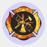 Cruz maltesa llameante nueva - pegatina