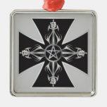 Cruz maltesa ornamento para arbol de navidad