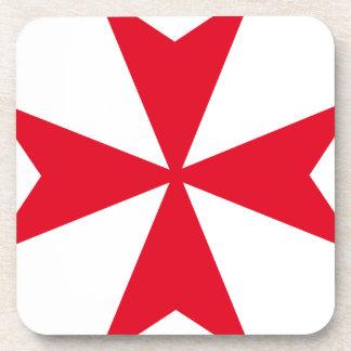 cruz maltesa posavasos de bebida