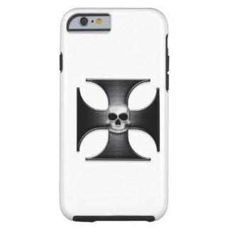 Cruz negra del hierro con el cráneo funda de iPhone 6 tough