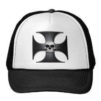 Cruz negra del hierro con el cráneo gorros bordados
