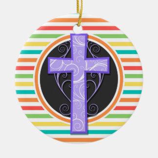 Cruz púrpura Rayas brillantes del arco iris Ornamento De Navidad