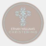 Cruz religiosa elegante de la celebración en azul pegatina redonda