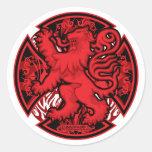 Cruz roja escocesa del león etiquetas