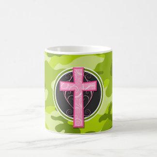Cruz rosada; camo verde claro, camuflaje tazas de café