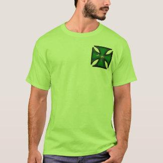 Cruz verde del hierro del árbol del Palmetto Playera