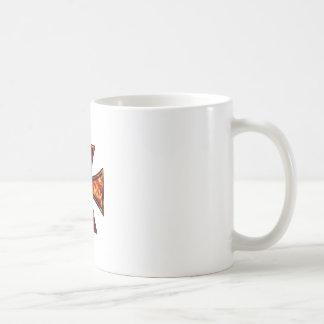 Cruz volcánica del hierro taza de café