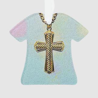 Cruz y cadena adornadas del oro