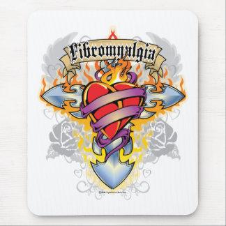 Cruz y corazón del Fibromyalgia Alfombrillas De Raton