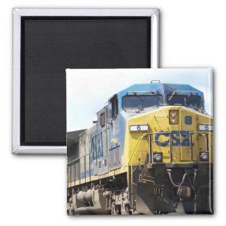 CSX Railroad AC4400CW #6 con un tren del carbón Imán Cuadrado