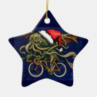 Cthulhu en una bicicleta adorno navideño de cerámica en forma de estrella